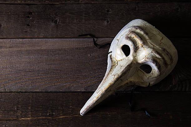 Las siete muertes de Evelyn Hardcastle, de StuartTurton